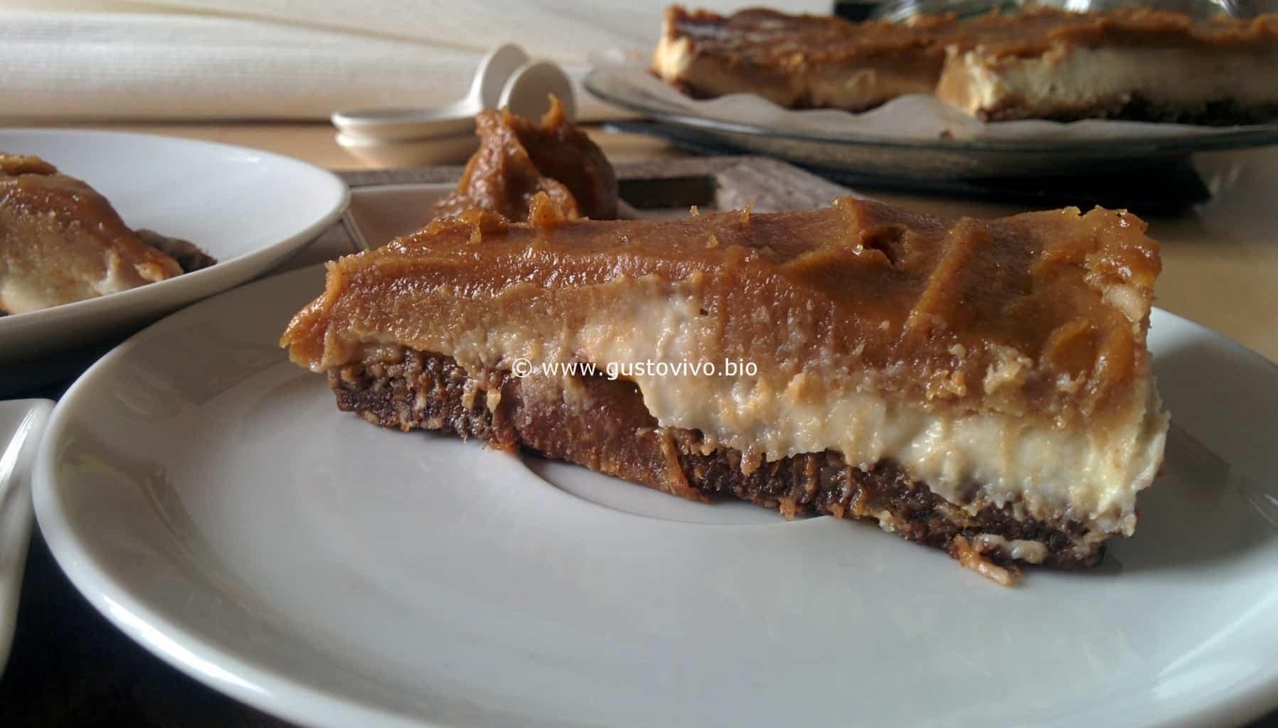 Torta-di-noci-e-caramello-morbido